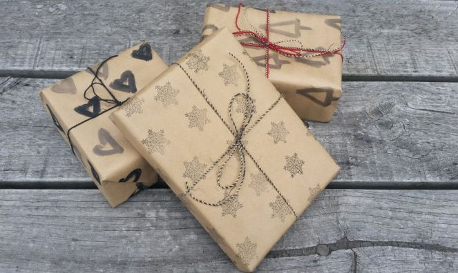 hand-painted-gift-wrap
