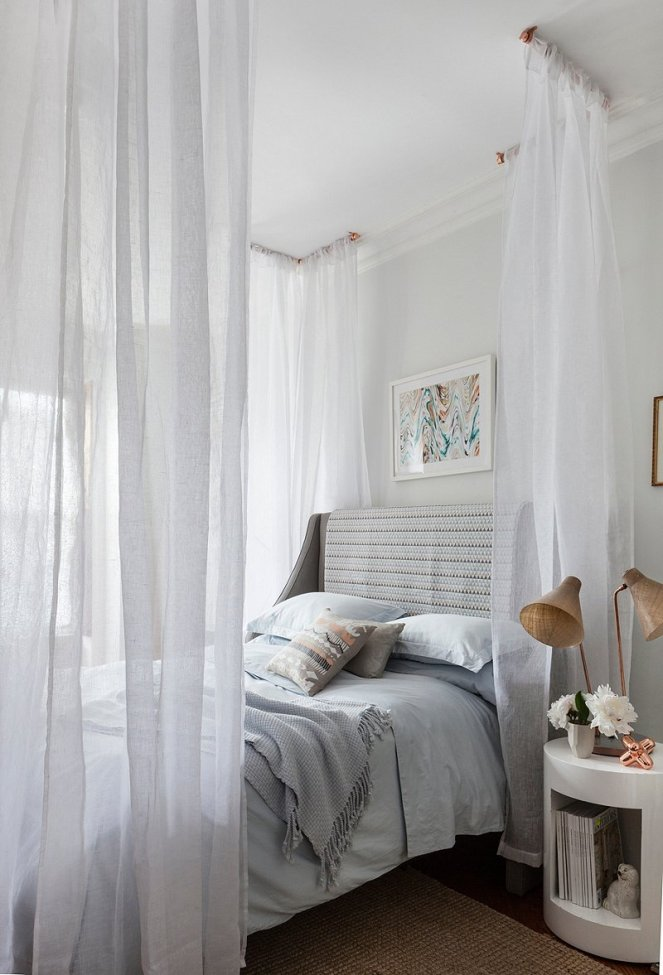 Dreamy-Canopy-Bed-Project