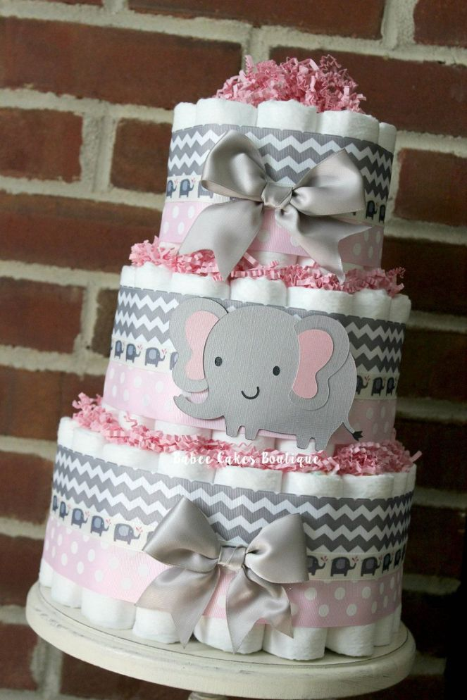 Decorate-the-Diapers-cake