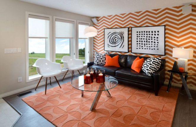 Geometric-wallpaper-in-orange-for-living-room
