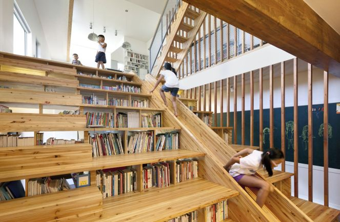 Moon-Hoon-Architecture-stair-with-slide-and-storage