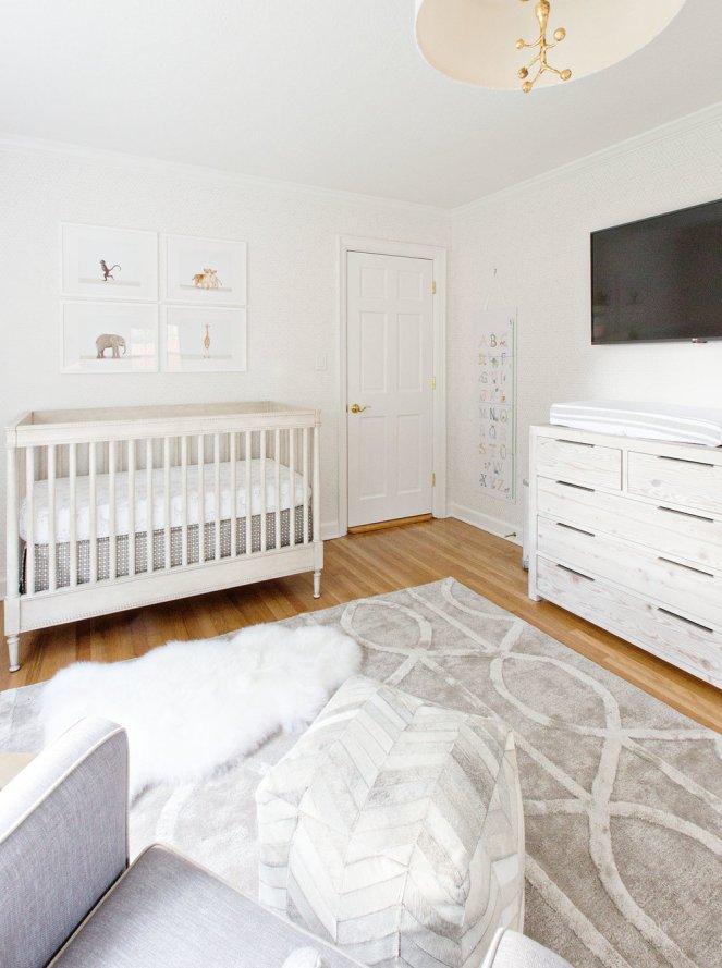 Monochromatic-nursery-white-neutral